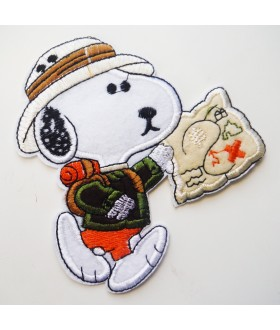 Snoopy on safari Embroidered Iron On / Sew On Patch
